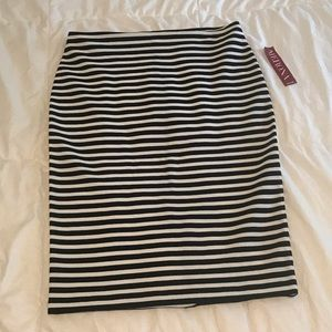 NWT Merona black & white stripe skirt, size 8